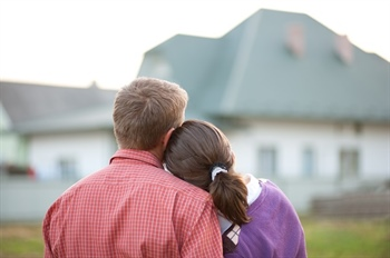 Buying a home together.... sans marriage